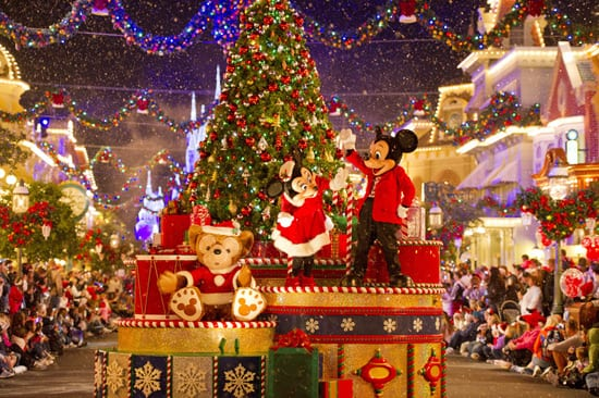 Video Replay: 'Mickey's Once Upon A Christmas Parade' at Walt Disney World Resort 11