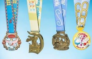 run_disney_disneyland_2014_half_marathon_medal_01