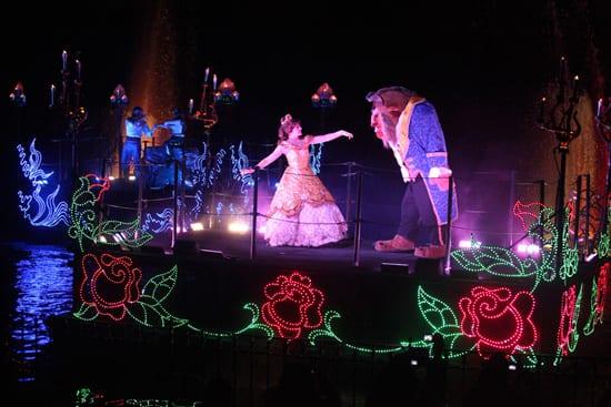Disneyland Resort Viewing Tips: 'Fantasmic!' at Disneyland Park 1