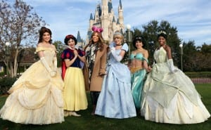 Talk show host Wendy Williams has a blast at Disney World