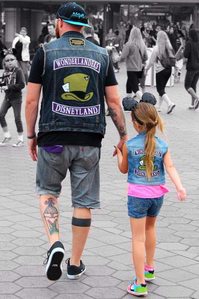 """Disney Side Monday: Disneyland Social Clubs, the Truth behind a West Coast """"Family"""" 1"""