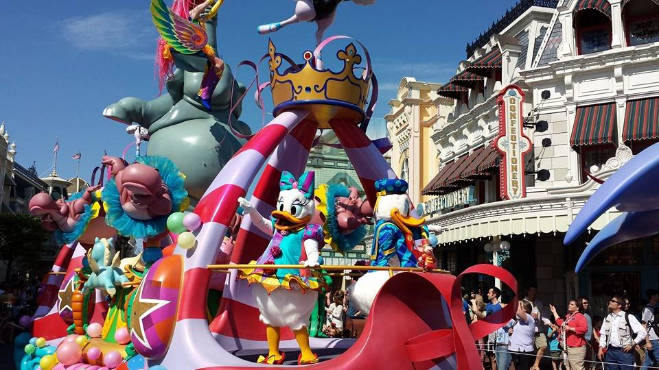 Amazing Video of the Festival of Fantasy Parade! 1
