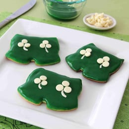 Cute for St. Patrick's Day Parties! Mickey's Shamrock Shorts Recipe! 1