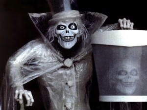 The Mysterious HatBox Ghost! 1