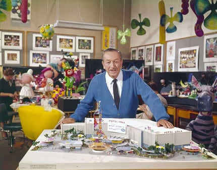 "Rare Photo Walt Disney and The Debut of ""it's a small world"" 8"