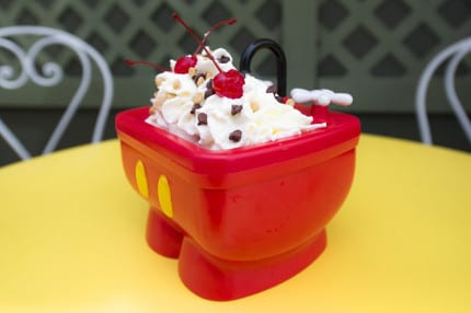 Shareable kitchen sink sundae now on more menus at walt for Magic kitchen menu
