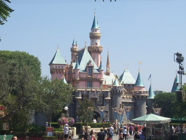 5 Things You Have to Experience at Disneyland by Arielle Boardmand 7