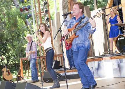'The Music of: Nashville' Gets Toes Tappin' at Disneyland Park 1