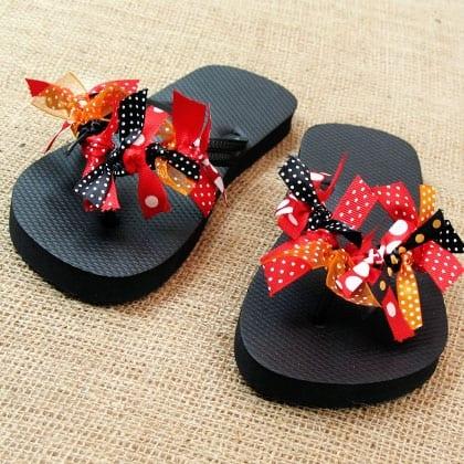 TMSM Summer Craft: Minnie Mouse Flip-Flops 1
