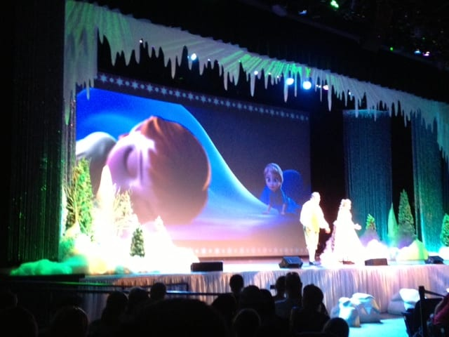 Frozen Sing-Along Footage from Hollywood Studios ~ Courtesy of Big Fat Panda! 15