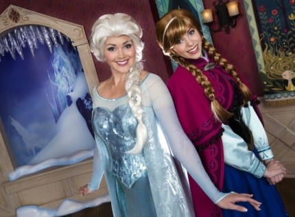 Return Time Tickets Help Disneyland Park Guests Meet 'Frozen' Favorites Anna and Elsa 12