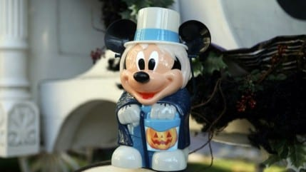 Halloween Time Novelty Items to Materialize at Disneyland Resort 4