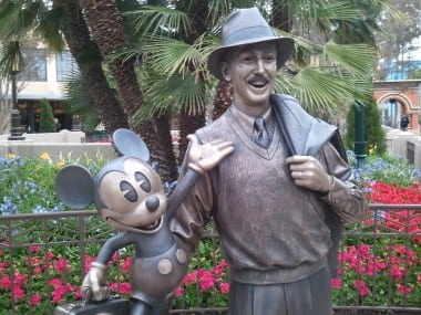 Walking With Walt - My Favorite Moments in Disneyland 1