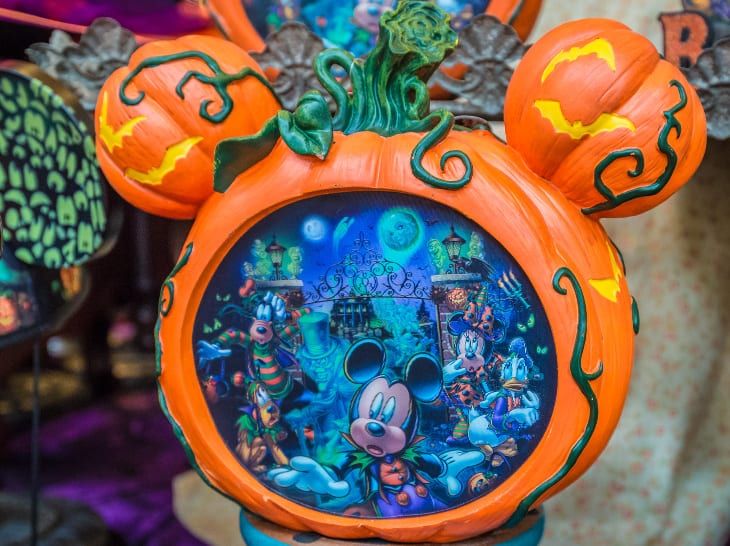 "Win A Disney Parks ""Boo To You"" Light Up Pumpkin Decoration 4"