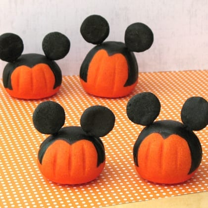 TMSM Pumpkin Art~ Table Top Mickeys 7