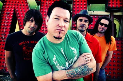 Eat To The Beat Concert Series at Epcot: Smash Mouth 4