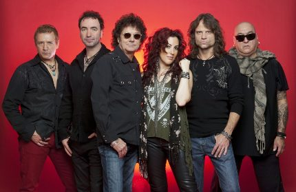 Eat To The Beat Concert Series at Epcot: STARSHIP Starring Mickey Thomas 3