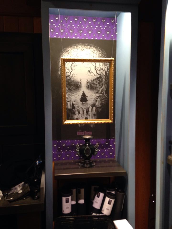 BREAKING NEWS! New Haunted Mansion Shoppe, Memento Mori, has short soft opening at MK today! PICS! 4