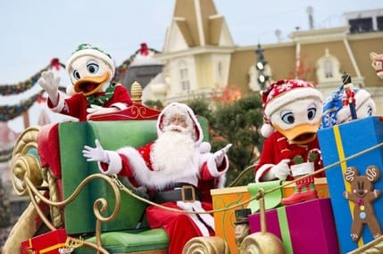 Holiday Festivities Begin at Disneyland Resort Paris 17