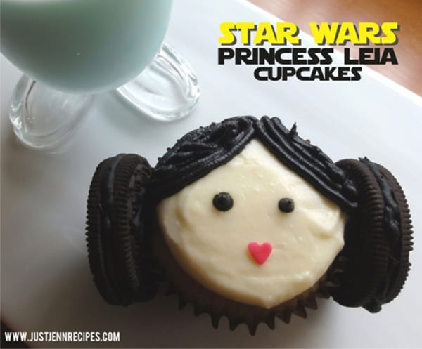 Princess Leia Cupcakes ~ How to make them yourself! 4