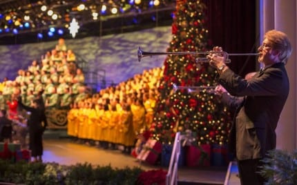Candlelight Processional Returns to Epcot at Walt Disney World Resort 1