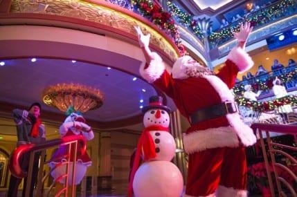 Disney Cruisers Celebrate Santa's Arrival with Frozen Flurries 5
