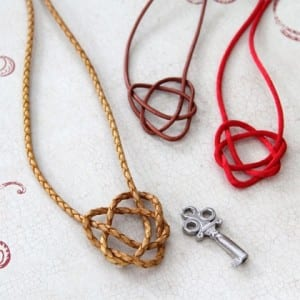 Merida's Celtic Heart Necklace ~ How to Make Your Own! 7