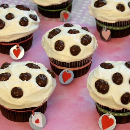 101 Dalmatian Valentine Cupcakes 1