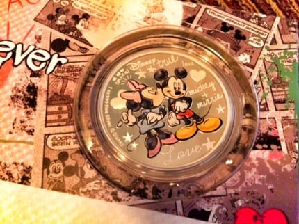 "The Disney ""Crazy In Love"" Silver Coin from New Zealand Mint ~ Review 8"