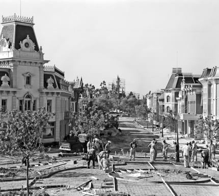 Building the Dream: The Making of Disneyland Park – Main Street, U.S.A. 1
