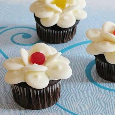 Disney Everblossom Cupcakes 19