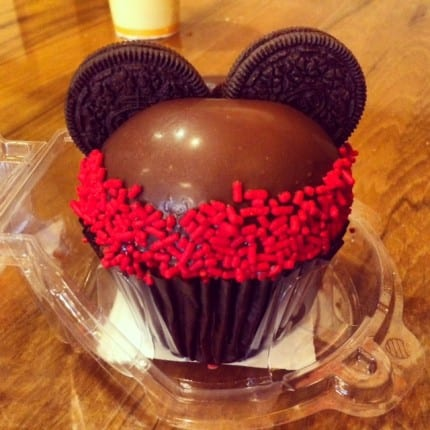 TMSM Foodie Spotlight ~ Mickey Mousse Cupcake! 8