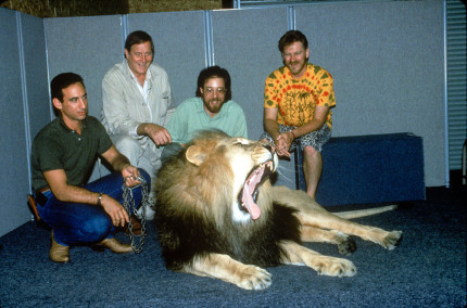 8 Amazing Behind-the-Scenes Photos From the Production of The Lion King 1