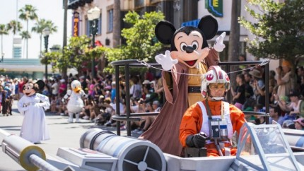 Reservations Now Open for the Feel the Force Premium Packages During Star Wars Weekends 2