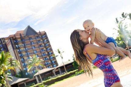 'Mahalo Mama Month' Celebrates Moms at Aulani, a Disney Resort & Spa 2
