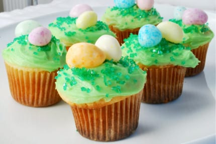 Cute Easter Egg Hunt Mini-Cupcakes 11