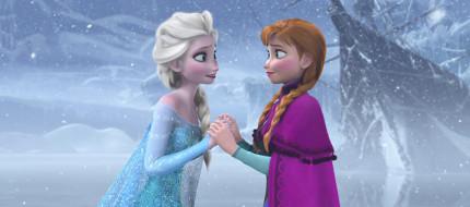 7 Reasons Why Anna and Elsa Make us Wish we Had a Sister 19
