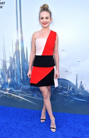 Stars Shine Bright at the Disneyland Resort for World Premiere of 'Tomorrowland' 4