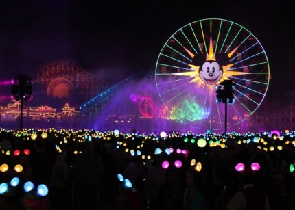 What to Expect from the Jaw-Dropping World of Color – Celebrate! 4