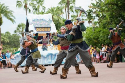 Summer is the Best Time to Stay 'Frozen' at Disney's Hollywood Studios 5