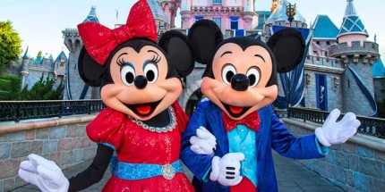 Disneyland Diamond Days Begins May 22 – First Weekly Prize is 2-Carat Blue Disney Diamond and Vacation Package 9