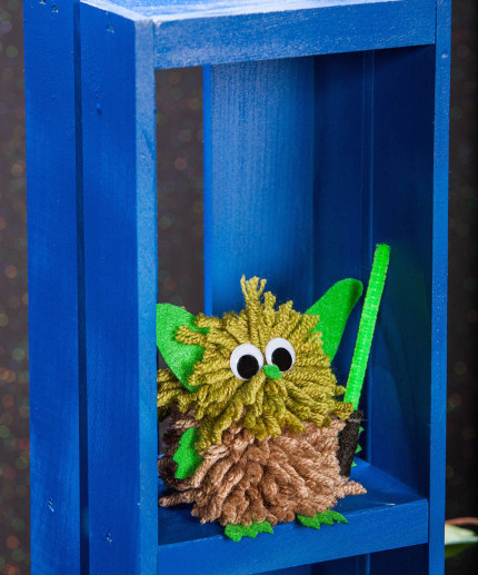 Yoda Pom Pom Craft Idea! 1