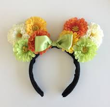 Make Your Own Minnie Mouse Floral Ears! 3