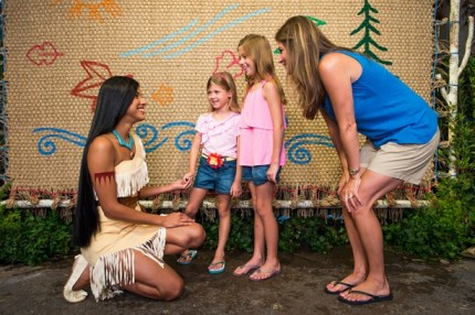 Say 'Wingapo!' to Pocahontas at Disney's Animal Kingdom! Character Meet and Greet! 3