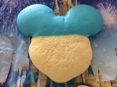 WDW Foodie Spotlight ~ Mickey Mouse Frosted Cookies 22