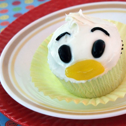 Just Ducky! Donald Duck Cupcakes! 12