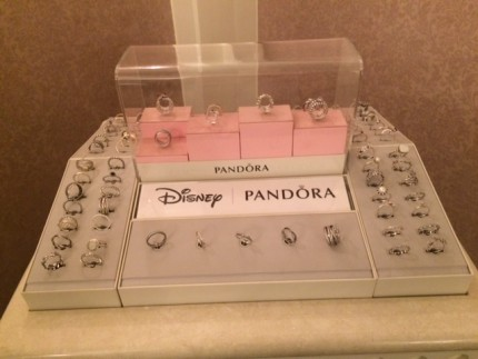 Beautiful Pandora Rings Now Easier to Browse Through, Magic Kingdom! 27