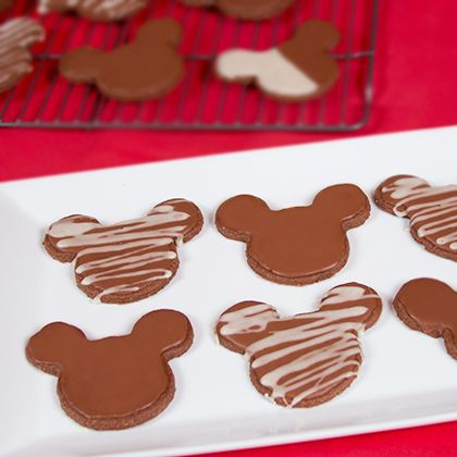 Mickey Mouse Chocolate Cookie Recipe 6