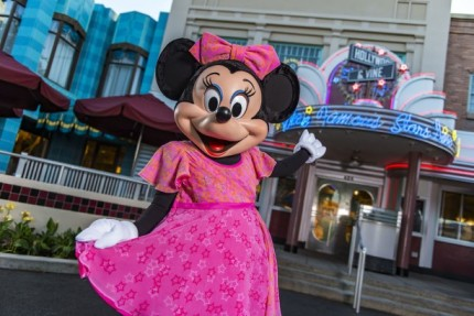 Minnie's Seasonal Dine at Hollywood & Vine – Now Year 'Round! 29