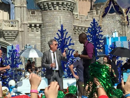 TMSM's Random Acts of Kindness Thursday ~ #DisneyParade taping! @officialdfoster 1
